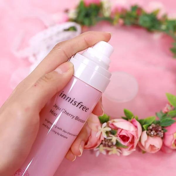 Xịt Khoáng Innisfree Jeju Cherry Blossom Mist Hoa Anh Đào 120ml
