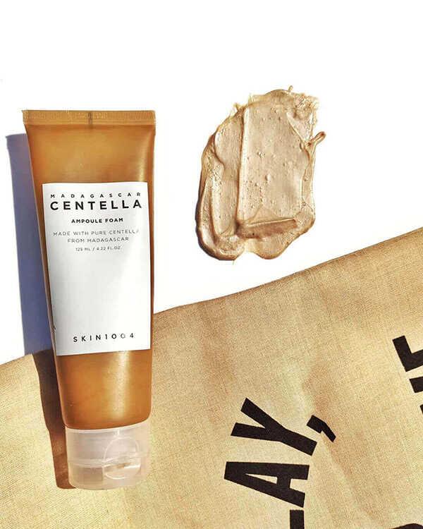 Sữa Rửa Mặt Skin1004 Madagascar Centella Ampoule Foam Dành Cho Da Dầu