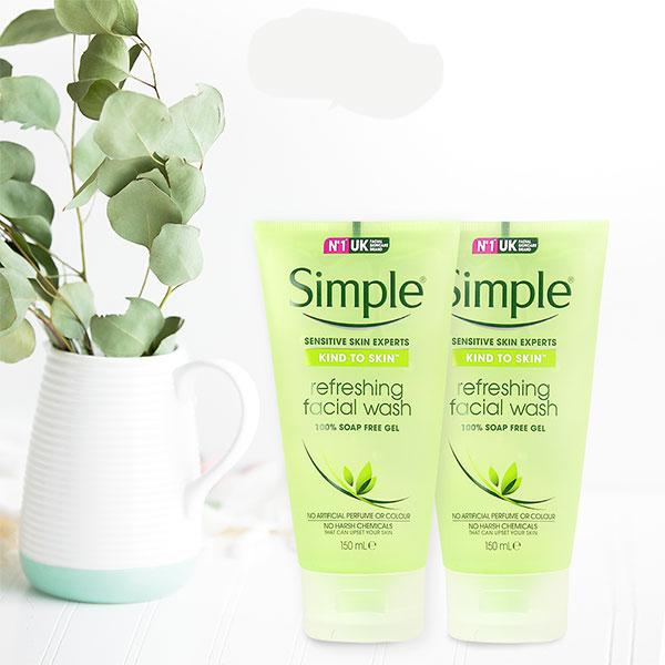 Sữa Rửa Mặt Dạng Gel Simple Kind to Skin Refreshing Facial Wash